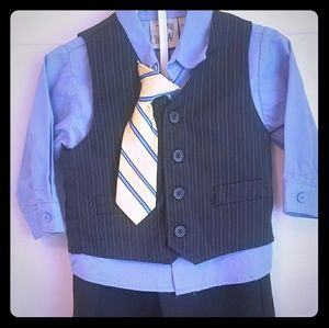 Other - 4 piece suit for toddler